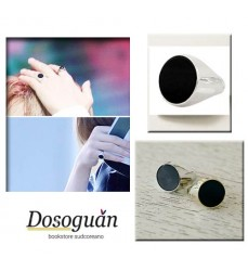bts-ring-onyx-k-pop-gadgets-from-Italy-korean-items