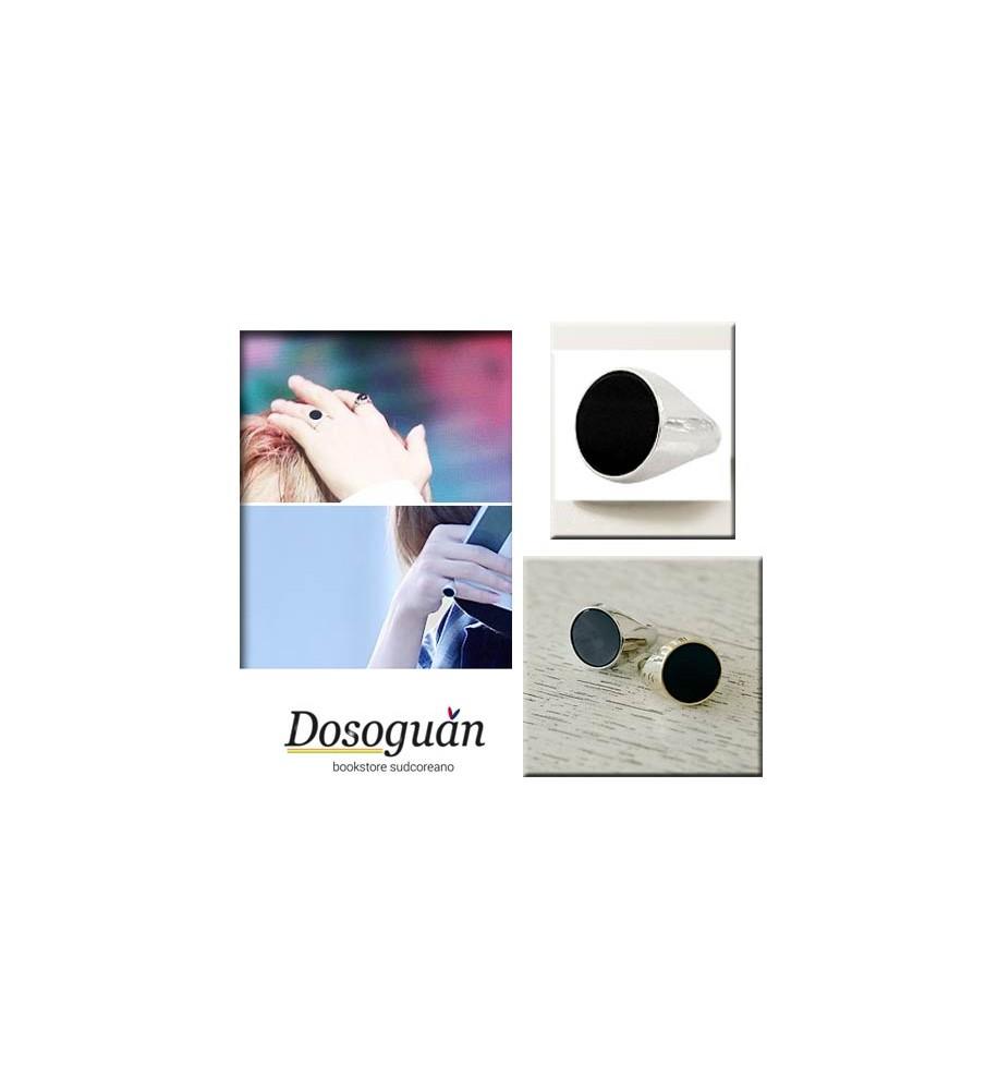 bts-ring-onyx-k-pop-gadgets-from-Italy-korean-items